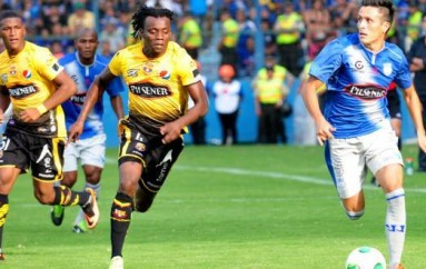 Juan Carlos Paredes en la mira de cuatro clubes de Italia, según la prensa de ese país