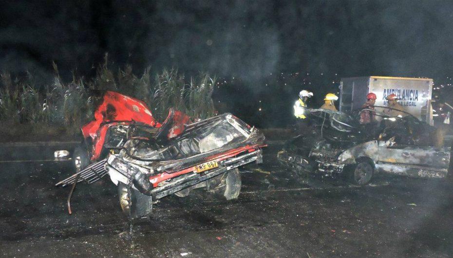 Cinco fallecidos dejó accidente de tránsito en Ambato
