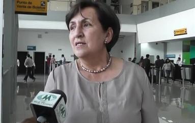(Video) Viceprefecta de loja en desacuerdo con el reajuste de presupuesto de la vía Catamayo Macará