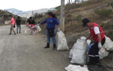 (Video) Minga interinstitucional en Catamayo dejó resultados favorables.
