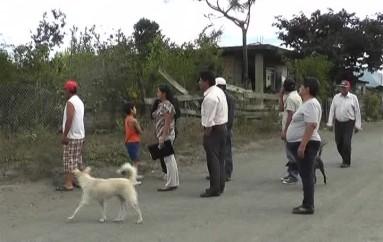 (Video) Moradores de Mirador Alto hacen notar problemas por falta de alcantarillado