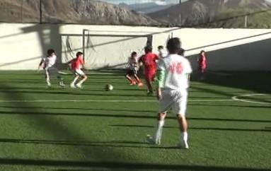 (Video) Escuela de fútbol de Liga de Loja necesita apoyo del Club lojano
