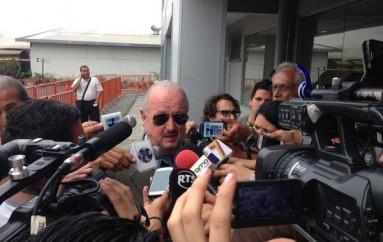 Isidro Romero dispara contra Eduardo Maruri y desea suerte a José Cevallos