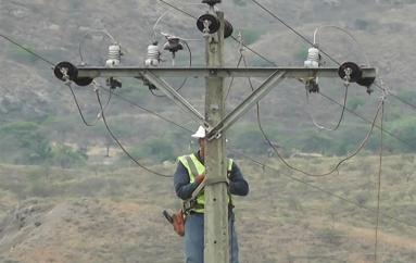 (Video) Corte de energía interrumpe el servicio de Cablevisión Don Diego
