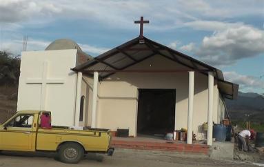(Video) Trabajos de la capilla en el Tingo están por culminar