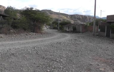 (Video) Casa comunal y terminar el alcantarillado son necesidades en Mirador Alto