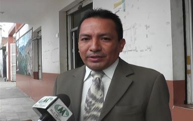 (Video) César Lojano asume el cargo de Concejal por un mes en reemplazo de Nora Arias