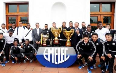 Tricampeón Emelec compartió almuerzo con Rafael Correa en Carondelet