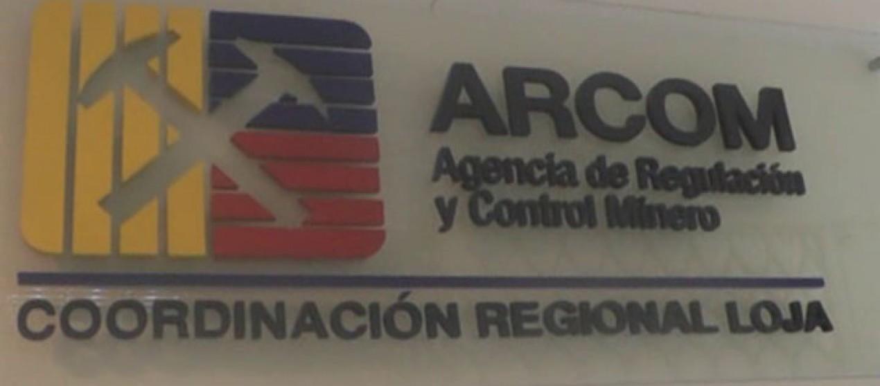 (Video) 400 inspecciones de minería ilegal realizó ARCOM, durante el 2015 en la provincia de Loja.