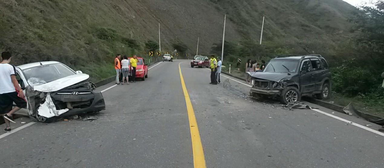 (Video) Tres accidentes y varios heridos se registraron durante el feriado.