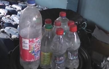 (Video) 360 Litros de licor artesanal fueron confiscados en El Tambo
