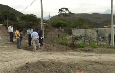 (Video) Moradores de Trapichillo en desacuerdo con ubicación de una antena de telefonía celular