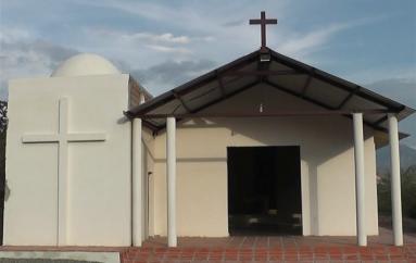(Video) Falta poco para culminar la capilla en el Tingo