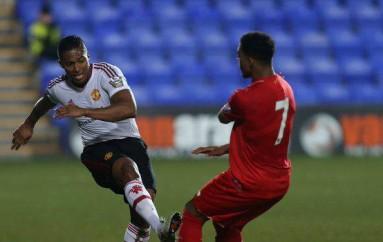 Antonio Valencia jugó 45 minutos con la sub-21 del Manchester United