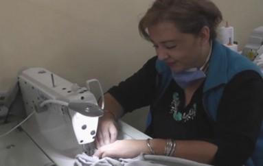 (Video) Autoridades constatan avance en la confección de uniformes para estudiantes de ciclo costa.