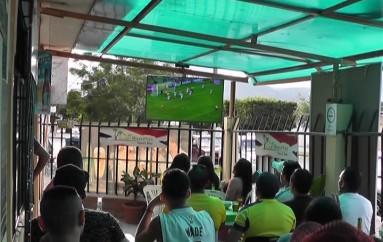 (Video) Aficionados sufrieron durante el partido Ecuador Paraguay