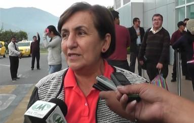 (Video) Viceprefecta de Loja: Prefecturas reclaman recursos al Gobierno Central.