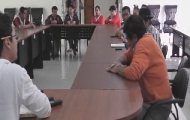 """(Vídeo) Reunión en el """"MTOP"""" y demás autoridades del Cantón Zamora termino en cruze de palabras entre ambas autoridades del Consejo Provincial y Gobernación de Zamora"""