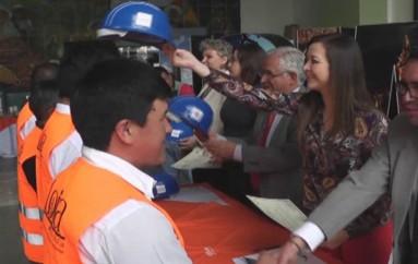 (Video) 16 obreros dedicados a la construcción se incorporaron como maestro calificado.