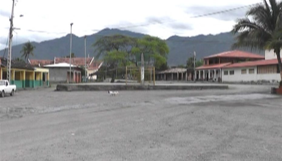 (Video) Directiva del barrio La Vega prepara eventos por festividades del sector.
