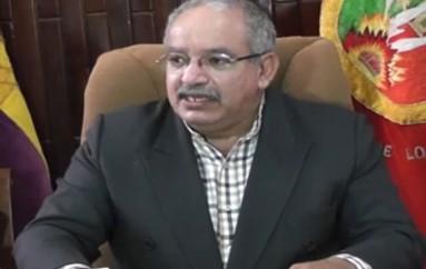 (Video) Rector de la UNL señala que sanción impuesta por el CEAACES es inconstitucional.