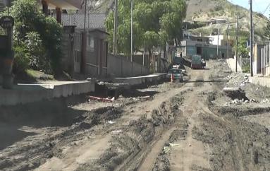(Video) José Cango; a más tardar en un mes las calles de Nueva Esperanza estarán asfaltadas