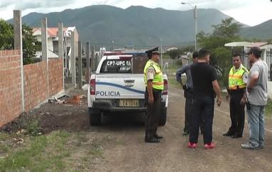 (Video) Policía detiene a dos menores en Trapichillo por presunta substracción de electrodomésticos