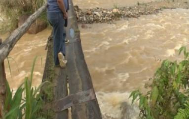 (ZAMORA) Construirán un Puente sobre el Río Nambija
