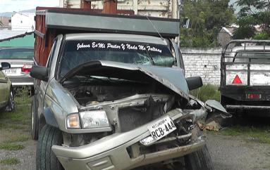 (Video) Dos accidentes de tránsito con daños materiales se registraron el fin de semana.