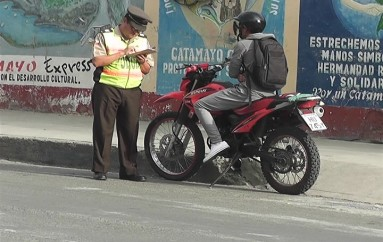 (Video) Policía Nacional desarrolló operativo de tránsito, varios conductores fueron citados.