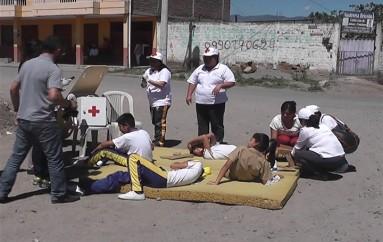 (Video) Instituciones educativas realizan simulacro ante un posible  sismo.