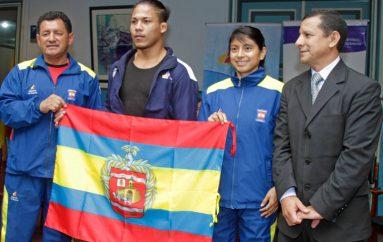 (Video)  Con evento solmene despidieron a Lissette Antes y Maritza Guamán deportistas lojanas que representarán en los juegos olímpicos  de Río 2016.