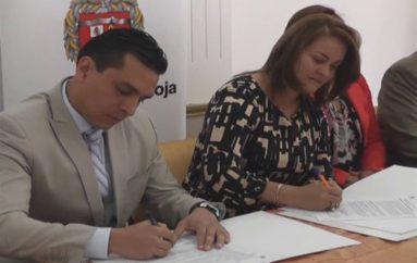 (Video)  Patronato de Amparo Social Municipal firma convenios con tres importantes instituciones de la localidad.