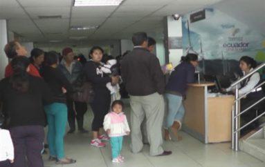 (Video)   Más de 2000 ciudadanos mantienen aún cedula de identidad antigua en la provincia de Loja.