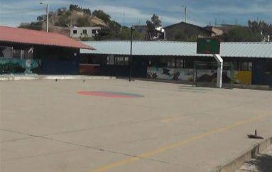 (Video) Docentes de la Escuela Luis Alfredo Samaniego seguirán  trabajando todo el mes de julio