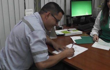 (Video) Banco de Loja entregó premio del quinto sorteo de la Campaña Ahorro efectivo