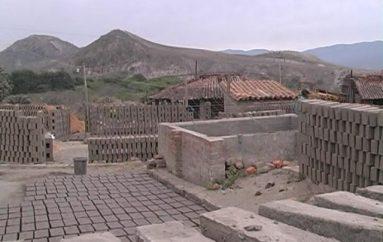 (Video) Productores de ladrillo de Catamayo podrían exportar su producción a zonas afectadas por terremoto