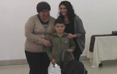 (Video) 27 niños del cantón Loja recibieron kits escolares por parte de la fundación Canela y Patronato de Amparo Social Municipal.
