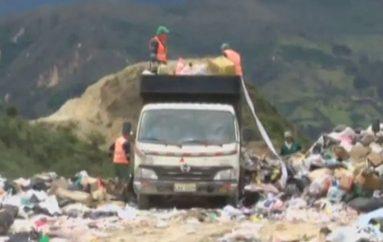 (Video) MAE, iniciará proceso administrativo legal al Municipio de Loja por no realizar un manejo adecuado del tratamiento de la basura dentro  del  relleno sanitario.