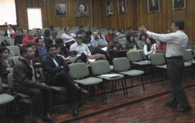 (Video) Presidentes y Secretari@s de Gobiernos Parroquiales se capacitaron sobre  elaboración de presupuestos participativos.