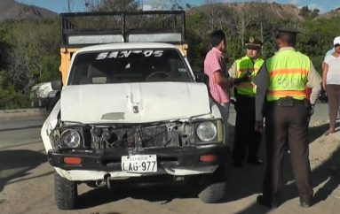 (Video) Accidente de tránsito deja daños materiales