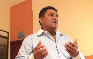 (Video) Concejal denuncia supuesto mal uso de bus municipal de Catamayo