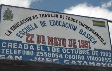 (Video) El incremento de estudiantes en instituciones educativas motivan a profesores y directivos.