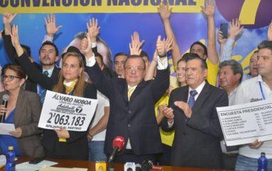 Álvaro Noboa correrá nuevamente por la Presidencia
