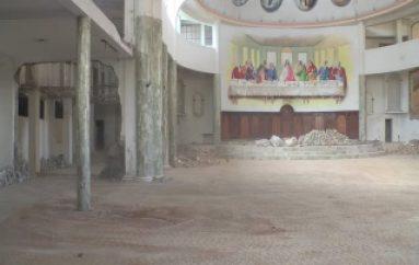 (VIDEO) Avanza con Normalidad la reconstrucción de la Catedral de cantón Zamora.
