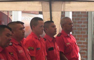 (Video) Cuerpo de Bomberos de Catamayo recibió nuevos equipos para labor.