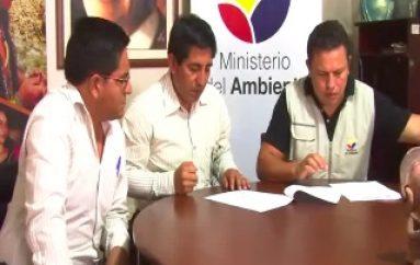 (VIDEO) Dos Instituciones se unen al concurso de Pesebres Ecológicos.