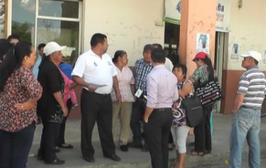 (Video) Ciudadanos denuncian presunta estafa en venta de terrenos.