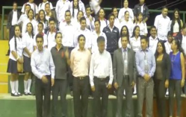 (VIDEO) 110 estudiantes Inauguraron  el Bachillerato Intensivo en Zamora