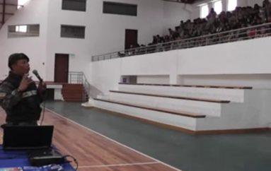 (Video) Estudiantes del Bernardo Valdivieso conocieron los peligros que provoca la manipulación de los juegos pirotécnicos.